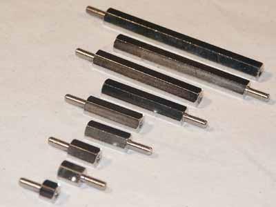 Abstandsbolzen M6x25, Stahl