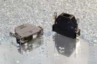 D-Sub Steckergehäuse, gerader Kabelausgang, schwarz, UNC4-40, 9 Polig
