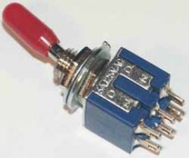 Miniatur - Kippschalter, Umschalter, Mittelstellung, 2-polig, rot