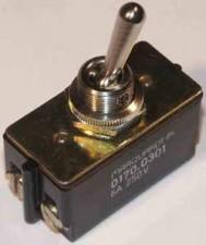 Kippschalter 4 AMP /  250 V,  Schaltvermögen