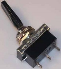 Kippschalter - Umschalter, 6A / 250 V / schwarz, mit Mittelstellung.