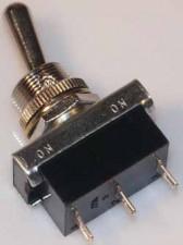 Kippschalter - Umschalter, 6 AMP / 250 V  /  vernickelt, mit Mittelstellung.