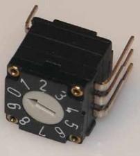 Miniatur-Codierschalter für Leiterplatten hexadezimal, 16 Raststellungen, kurzschliessend c/c, ohne Achse, vertikal