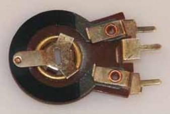 Trimmpotentiometer, 250V, 2.2 Meg Ohm