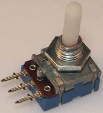 Kohlenpotentiometer PP 12, 4mm Kunststoff-Achse linear 2.2 Meg Ohm